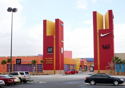 Cielo Vista Mall® is El Paso's main shopping destination and is situated on the East Side of El Paso. It serves the nearby communities of Socorro, Fabens, Ft. Bliss and the International City of Juarez, Mexico.